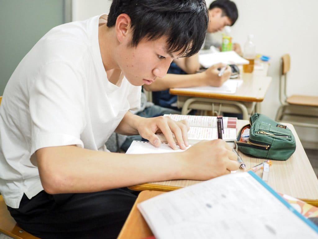 豊中英語塾で必ず成績が上がる方法